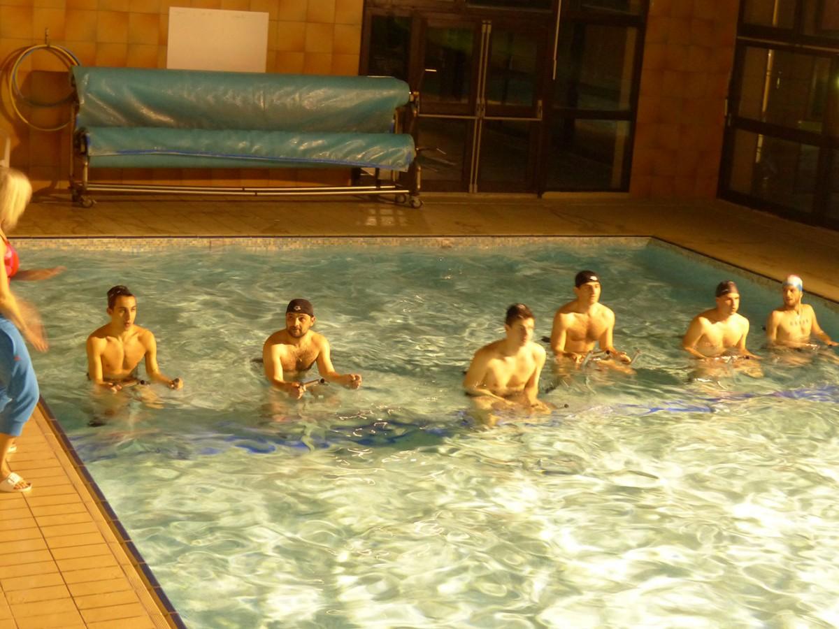 Aquabike à la piscine des Aveilles